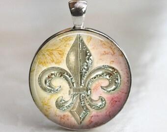 Shiny Fluer de Lis - Glass Pendant in Silver Bezel 30mm