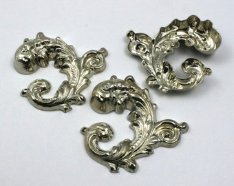 38mm Silver Floral Scroll #23