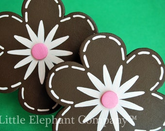 set/2 Handpainted Love Bug Daisy Flowers Quilt Clips