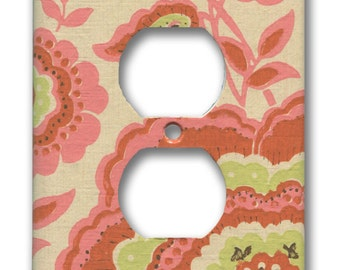 1960's Vintage Hippie Chic Orange, Pink, Green on Cream Floral Paisley Wallpaper Single Outlet Plate