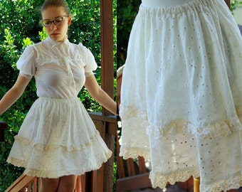 VANILLA Cupcake 1970's 80's Vintage Upcycled Vintage Cream White Mini Skirt with Ruffles and Eyelets