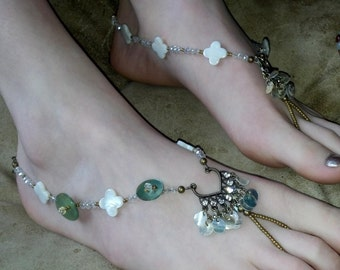 Foot jewelry, Toe thong, Barefoot sandal