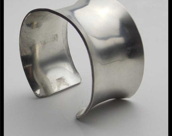 POLISHED PEWTER - Handforged Polished Smooth Pewter Concave Cuff Bracelet