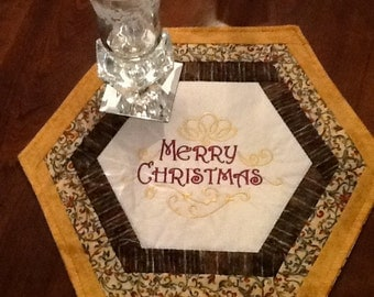 Reduced Merry Christmas table mat