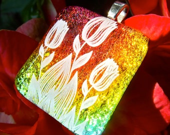 Tulip flower jewelry, Fused Dichroic glass pendant, Dichroic Flower Pendant, dichroic, handmade,glass fusion, spring jewelry, Hana Sakura