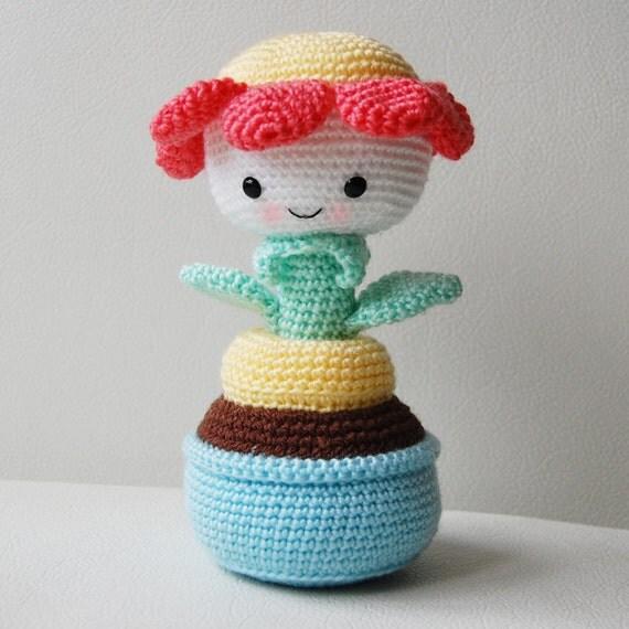 Amigurumi Flower Crochet Pattern : Amigurumi Crochet Flower Pattern Daisy the Flower Softie