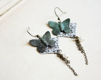 Vintage Butterfly Earrings - Dainty, Shabby Chic, Romantic Jewelry, Gift for her under 20