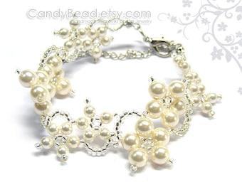 Swarovski bracelet, White Flower Swarovski Crystal Bracelet by CandyBead