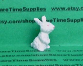 "Fibre Craft - 3665 - Sitting Bunny - 1 1/4"" -  white - 1 pc"