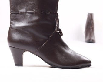 vintage 70s brown leather ankle boots