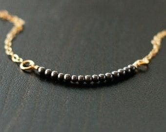 amelia - gold minimalist necklace