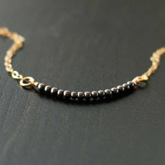 amelia - gold minimalist necklace