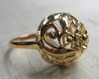 Vintage Filigree Dome Ring- 14kt Gold Plated Bronze