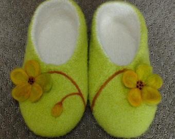 Felted Slippers with a Needle Felted Design