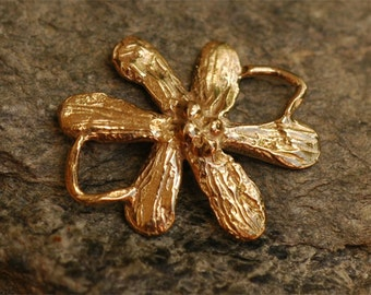 One Rustic Flower Link in Golden Bronze