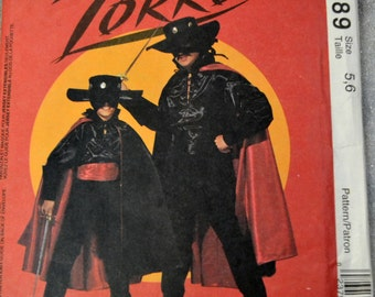 Sewing Pattern McCall's 6689 Boys' Zorro Costumes Size 5-6  Uncut Complete FF