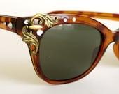 BIG SALE Vintage style TORTOISE sunglasses rhinestones