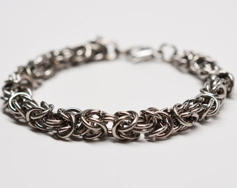 Men's 16 gauge byzantine chainmaille stainless steel bracelet