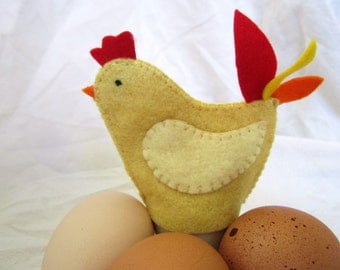 Gold Egg Cozies - Set of 2 Hens that Decoratively Hold Soft Boiled Eggs