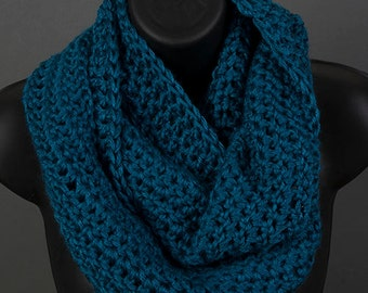 Women's infinity scarf,  ocean, ready to ship, crocheted scarf