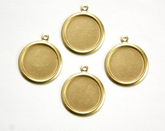 1 Loop Raw Brass Rolled Edge Round Setting 12mm (8) stn032B