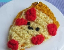 crochet pizza keychain
