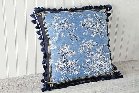 Toile Decorative Pillow Case, French Country, Cushion Cover, Navy Blue, Cornflower Blue, Midnight Blue, Birds, Animals, Cottage Style