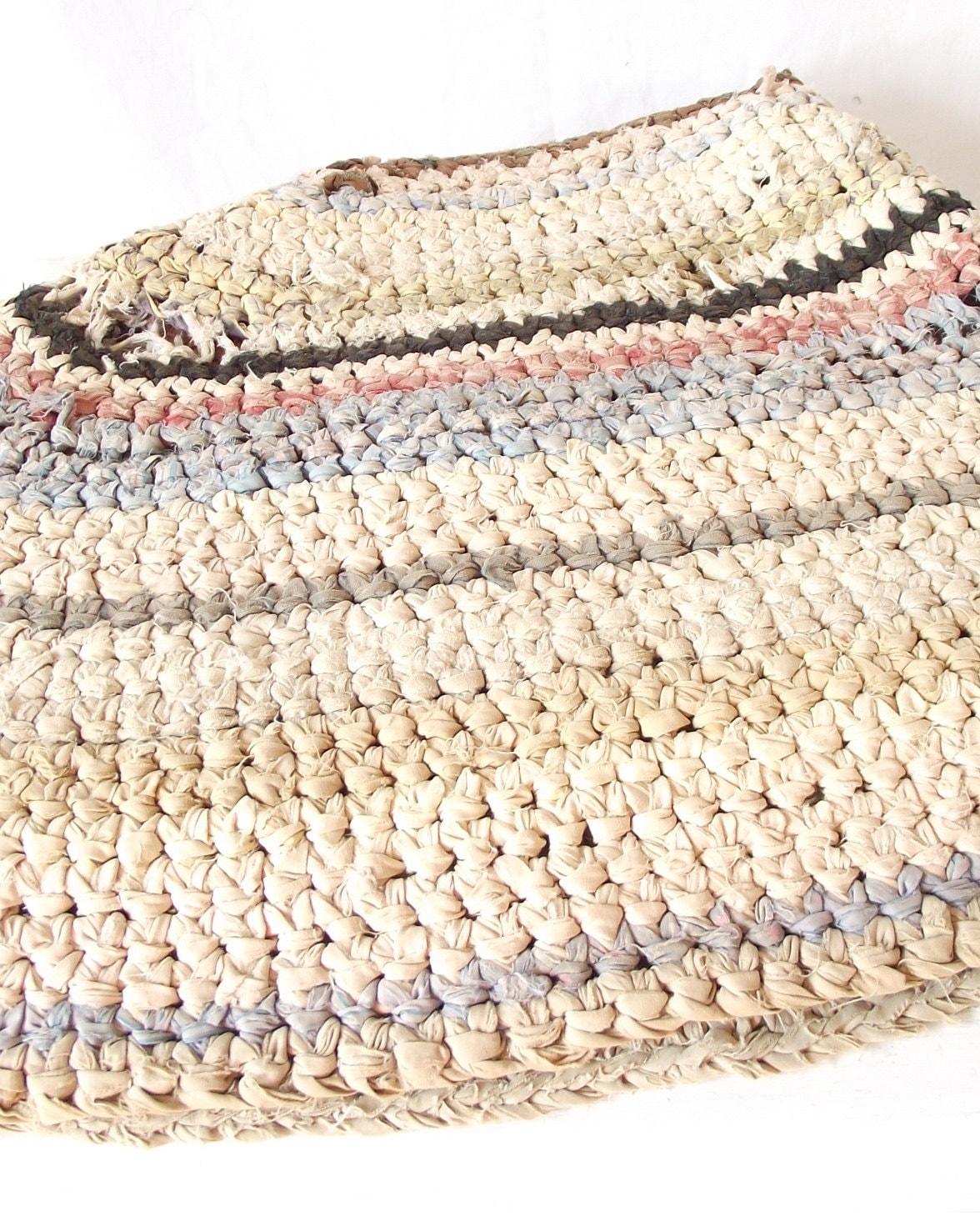 Rag Rug Large: Vintage Rag Rug Crochet Oval Primitive Antique Large 50
