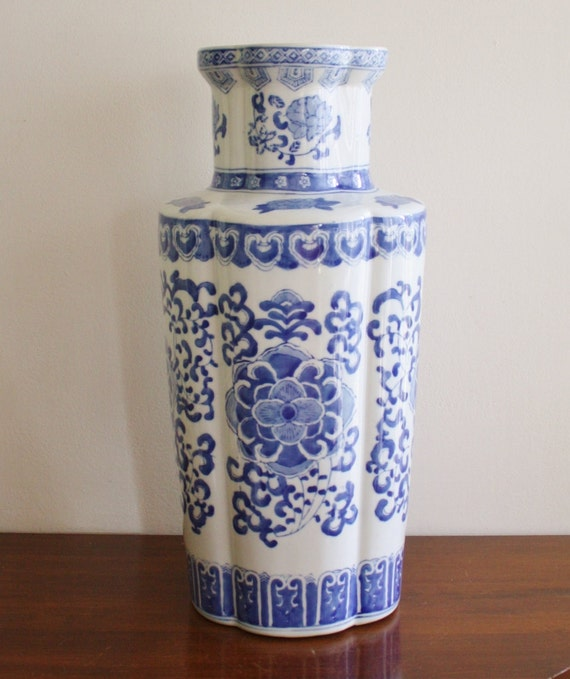 Umbrella Stand Blue And White: Large Asian Blue And White Ceramic Umbrella Stand