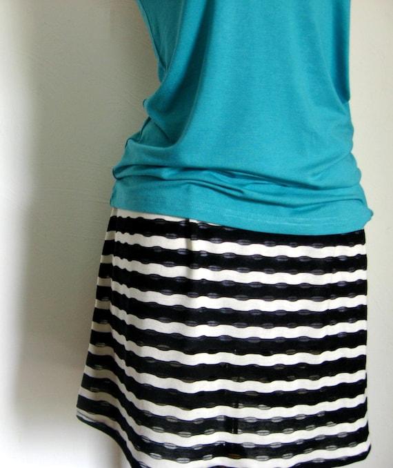 Black and White Zebra Striped Stretch Knit Skirt, Above Knee Striped Stretch Knit Skirt, Black White Mini Stretch Skirt, Zebra Mini Skirt