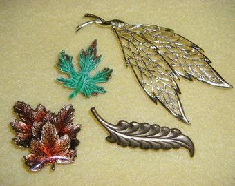 Vintage Leaf Brooch Pin - maple leaf, enamel leaf, goldtone leaf, handpainted leaf