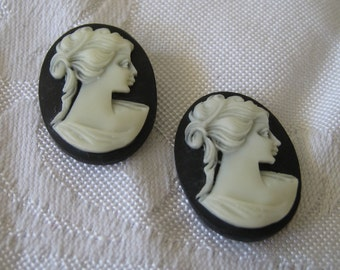 Set of 2 VINTAGE Oval White Profile Head Cameo Cabochon Cabs
