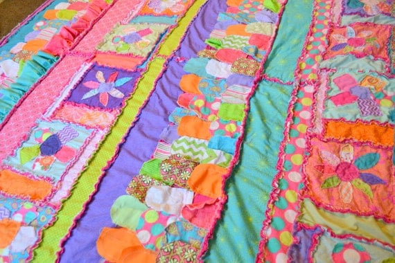 Rag Quilt Patterns For Twin Bed : Items similar to Girl Twin Size RAG QUILT, Aqua Girl Rag Quilt, Pink Twin Girl Bedding, Purple ...