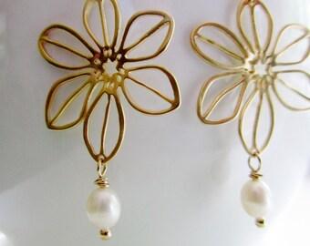 Gold Flower Earrings, Pearl Drop, Gold Petal Pendant, Dainty Earrings, Bohemian, Bridesmaid Earrings, Bridal Earrings, Wedding Jewelry