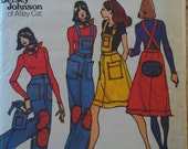 Vintage 70s BETSEY JOHNSON Alley Cat Designer Overalls Dress Pattern Butterick 3846 B32