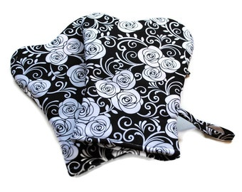 Handmade Oven Mitts Set of 2 Black White Roses BBQ Mitts