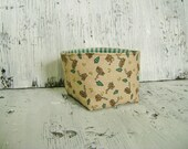 CLEARANCE Log Cabin Print Fabric Soft sided bowl Basket Bin Container with green gingham lining