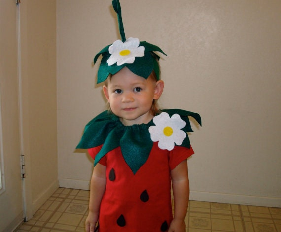 Kids diy strawberry do it yourself kids costume halloween like this item solutioingenieria Gallery