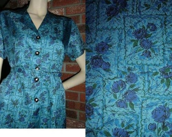 Vintage M 60s Crisp Artsy Blue Floral Day Dress w Belt Mad Men Rhinestone Buttons