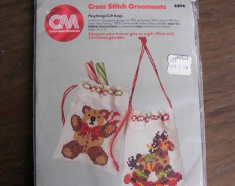 Vintage Columbia-Minerva Cross Stitch Ornaments Kit PLAYTHINGS GIFT BAGS