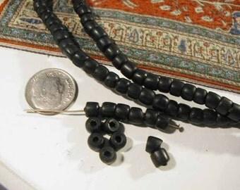 Vintage Black Masai Beads - 25 pcs -