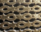 Germany Gold Foil Embossed Fancy Paper Dresden Trim  DFW 710 AG