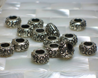 4pcs Rondelles Jewelry Beads Pewter beads Donut Shape Beads Floral Beads Jewelry Supplies Jewellery Supplies Silver tone