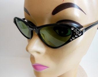 50s sunglasses / Vintage Sunglasses / Unique 1950's Rhinestone Cateye