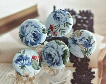 "Fabric Buttons, Retro Large Dark Light Blue Floral Rose Fabric Covered Buttons, Retro Wedding Floral Fridge Magnets, Flat Backs, 1.25"" 5's"