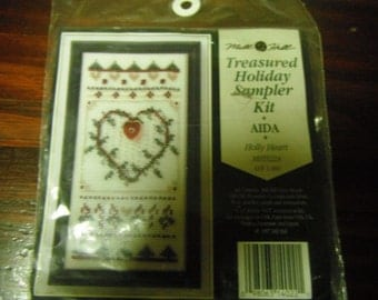 Christmas Counted Cross Stitch Kit Holiday Treasured Sampler Mill Hill Holly Heart Kit MHTS 22A