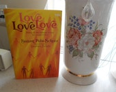 1st Edition 1989 HB Book w/DJ Love Love Love Poems on the meaning of love for people in love Susan Polis Schutz Stephen Schutz