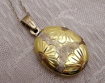 Vintage Sterling Locket with Gold Overlay (B4)