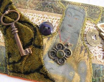 Textile Art Cuff (isa38)