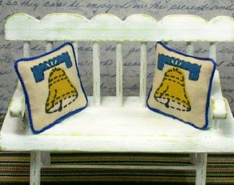 Liberty Bell Pillows Blue Philadelphia 1:12 Dollhouse Miniatures Scale Artisan